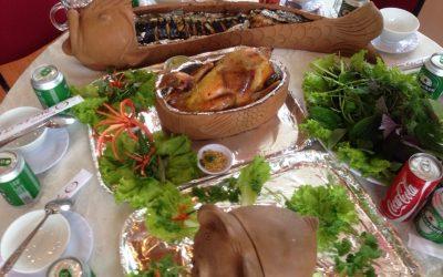 Khay đựng thức ăn nóng bằng gốm